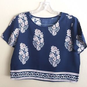 Crop Top Blouse Top  Size Small